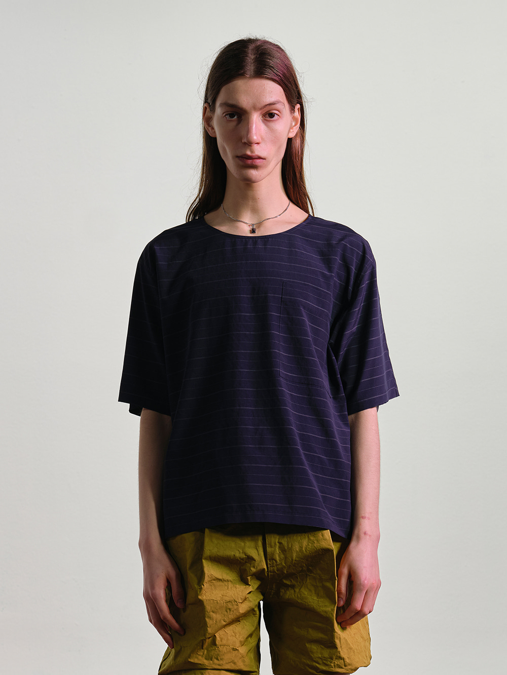 STRIPED WOVEN S/S TOP NAVY